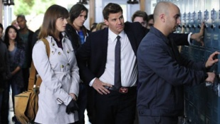 Bones 06x08 : The Twisted Bones in the Melted Truck - Seriesaddict